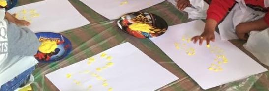 zaatari camp - flores amarillas - save the children.jpg